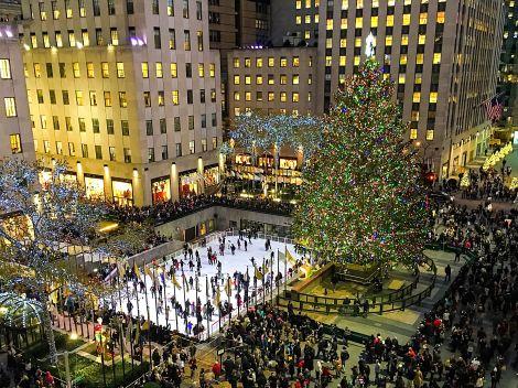 Nyc Christmas Tree Lighting 2019.Rockefeller Center Tree Lighting Luma Hotel